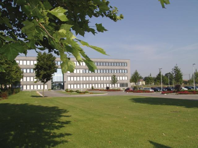 EBG Referenz-Projekt-Bild: Hofer KG - Büro- und Lagererweiterung
