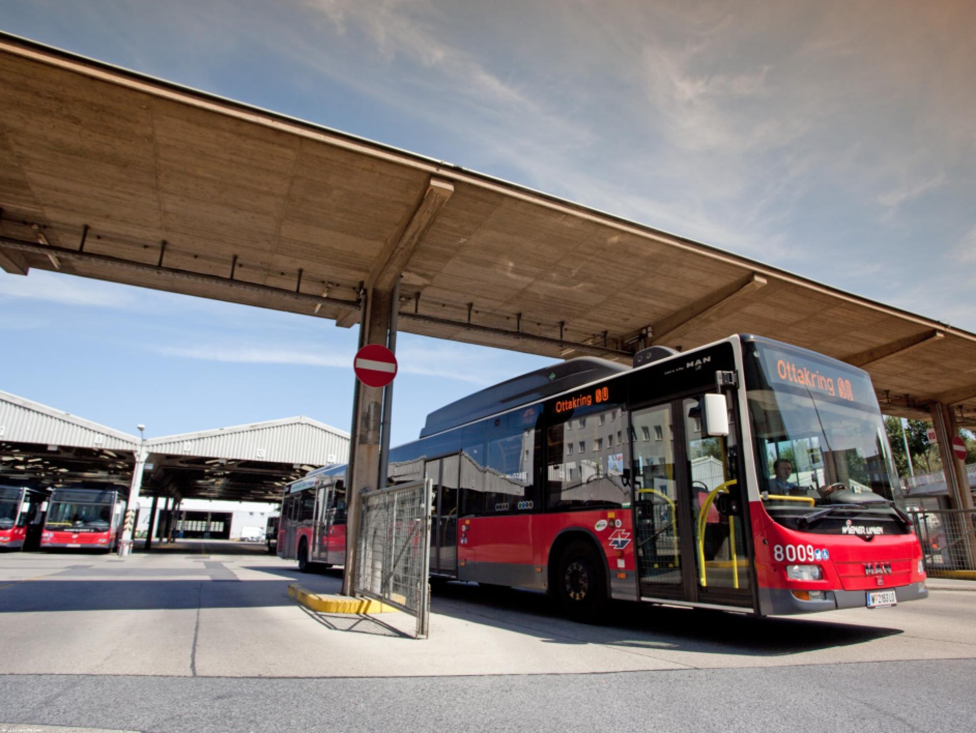 Mood-Image ELIN Referenz: Ausrüstung der Autobusgarage