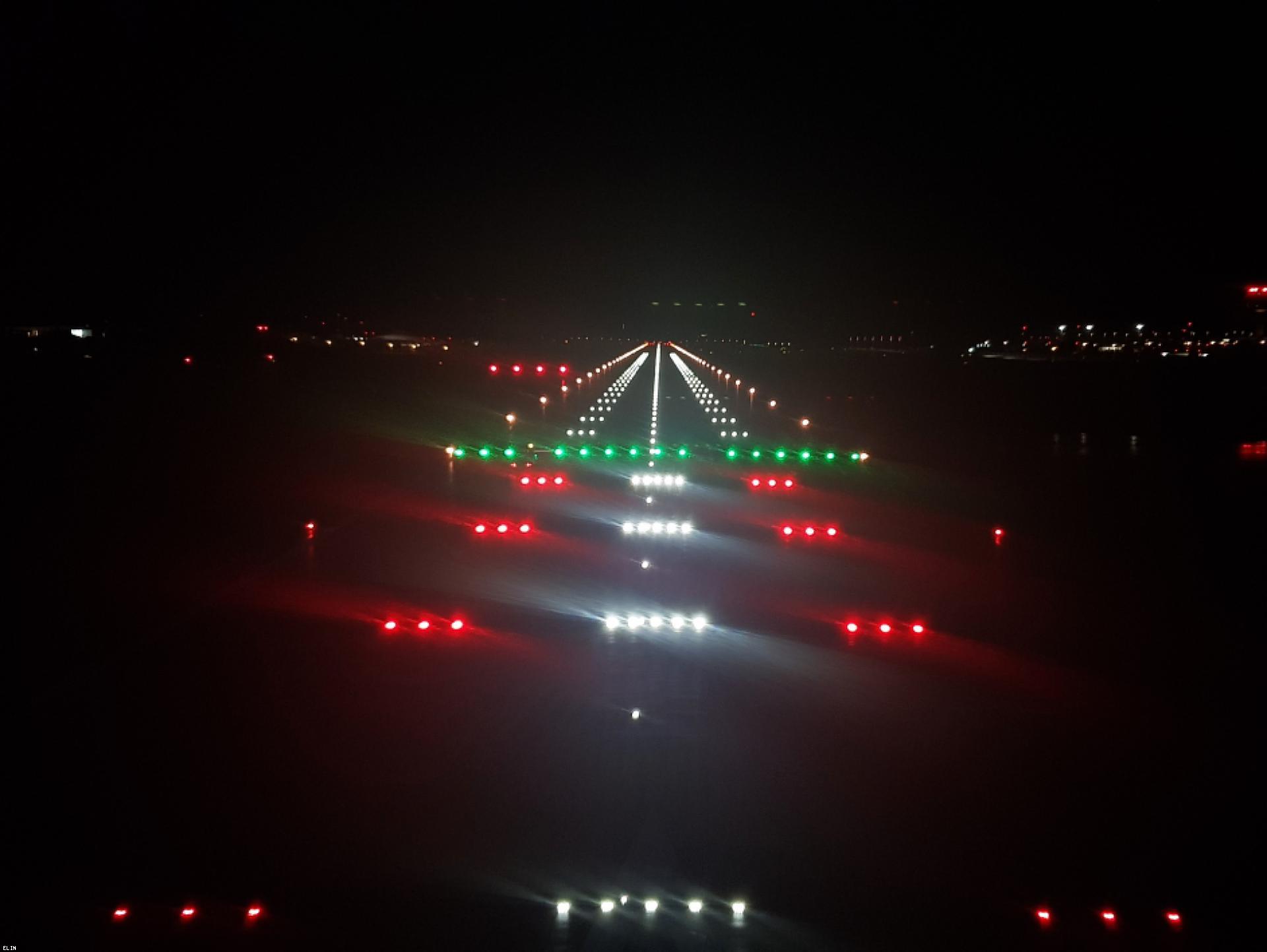 Mood-Image ELIN Referenz: Flughafen Salzburg: Generalsanierung Piste 15/33 F