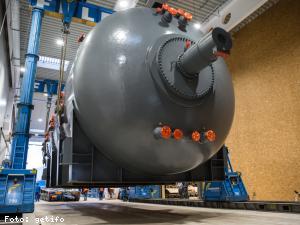 EBG Referenz Bild: FACC Werk 3 - Einbau Autoclave 03