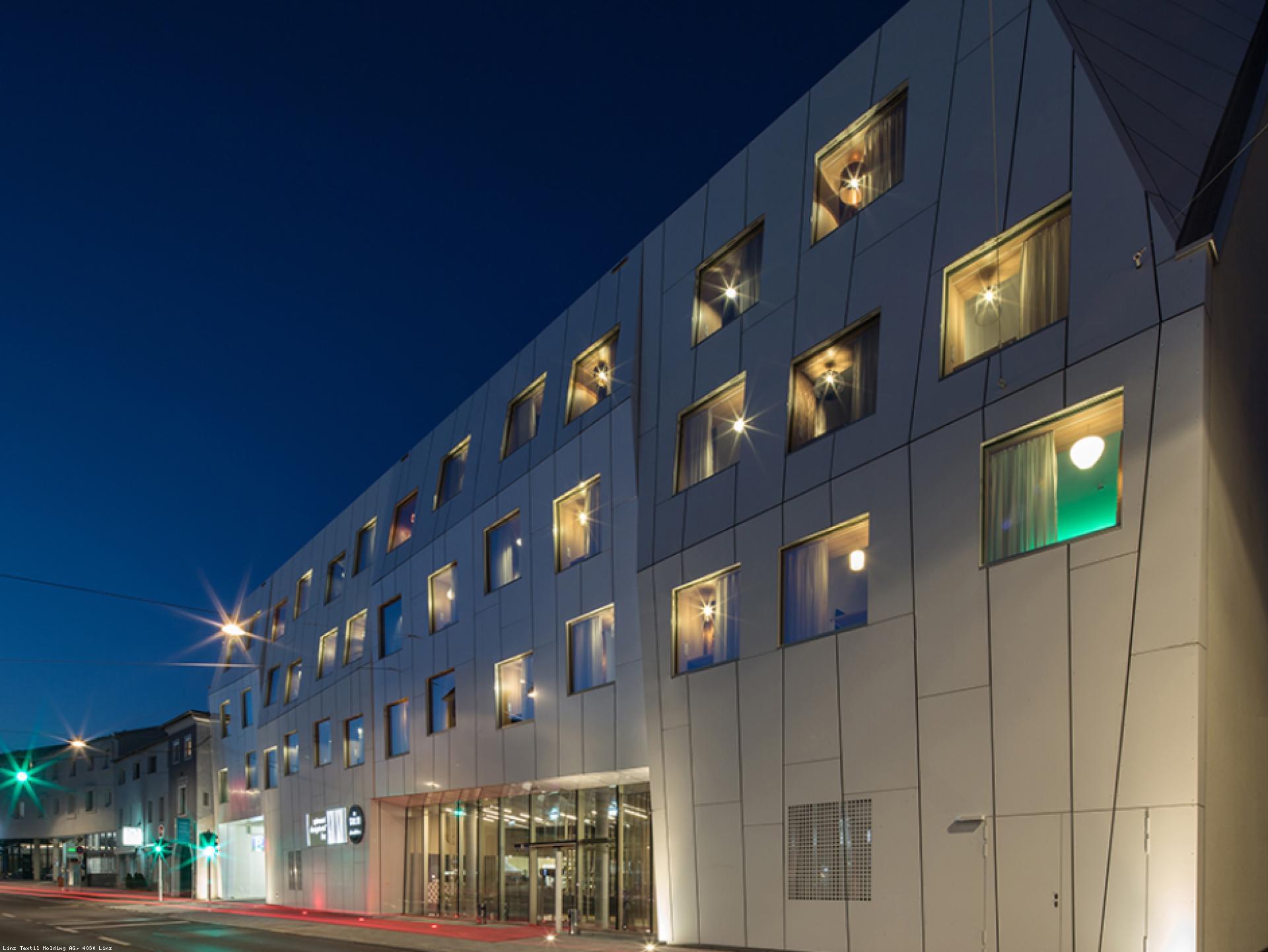 Mood-Image EBG Referenz: Neubau spinnerei design‐‐hotel Linz